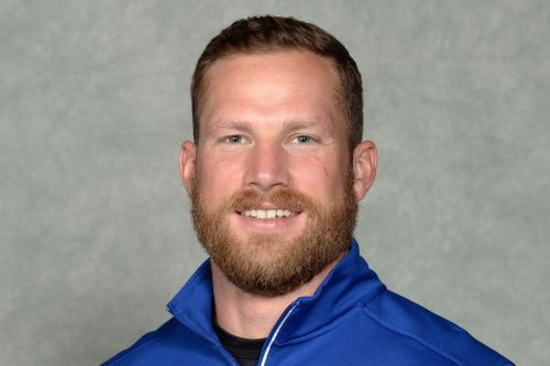 Meet new UH safeties coach/special teams coordinator Blake Gideon