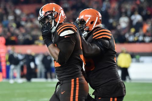 Opinion: NFL should suspend Browns' Myles Garrett for rest of season - at minimum - for helmet swing