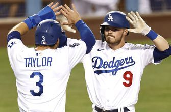 Gavin Lux's three-run homer in the eighth gives Dodgers 6-4 win over Mariners