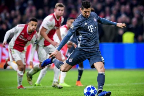 Watch: Bayern Munich, Ajax draw in Champions League after 2 red cards