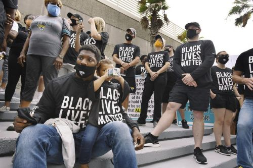 'Today we say no more': Jaguars march to sheriff's office