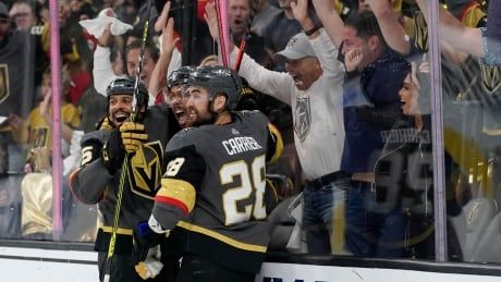 Golden Knights roll to 4th straight win to knock off Avalanche, book date with Habs
