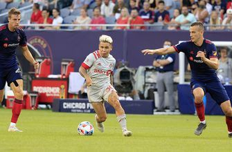 Chicago Fire lose to Toronto FC, 2-1, despite putting up 12 shots on goal