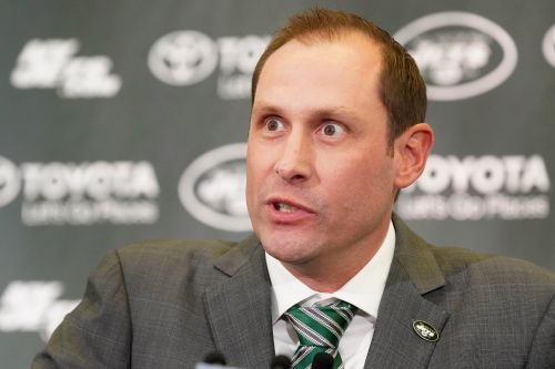 Adam Gase raves about Sam Darnold at Jets intro