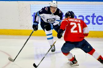 Vincent Trocheck nets pair, but Panthers edged by Jets 4-3