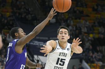 Bean scores 18, No. 17 Utah State routs Weber State 89-34