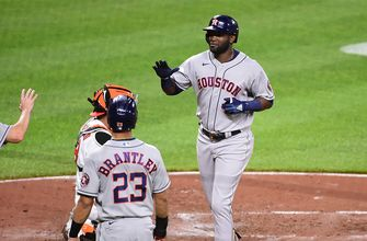Astros beat Orioles, 10-2, for eighth-straight win