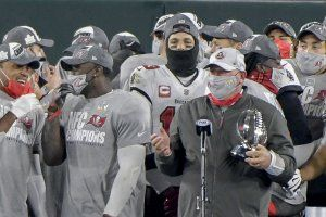 In photos: Buccaneers defeat Packers to advance to Super Bowl