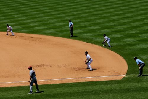 It's time for Major League Baseball to end the shift