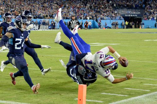 Buffalo Bills suffer sickening loss to Tennessee Titans with failed fourth-down gamble