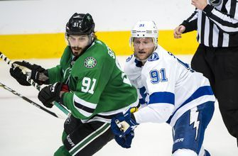 Aggressive 2nd period for Dallas, Lightning top Stars 2-0