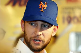 Mets say MRI of Jed Lowrie's sore left knee is negative