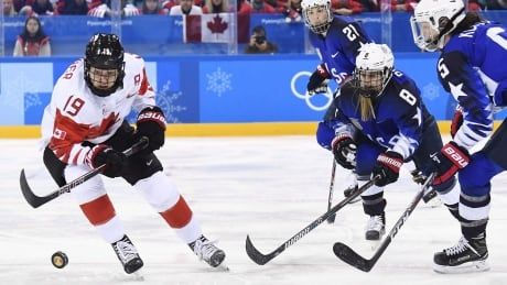Stunned Canadian players head home after cancellation of women's hockey worlds
