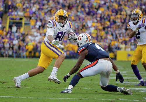 Thaddeus Moss is gradually living up to his dad's name amid the stars at LSU