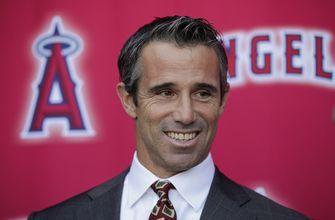Numbers game: Ausmus vows to be modern manager for Angels