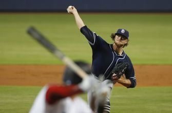 Padres' Paddack loses no-hitter in 8th inning on Castro's HR