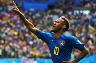 Neymar capitalizes late to give Brazil a 2-0 win