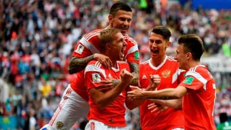 Russia kicks off World Cup with dominating win over Saudi Arabia