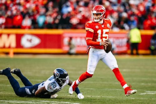 Watch: Chiefs' Patrick Mahomes shows off wheels with electric 27-yard touchdown run