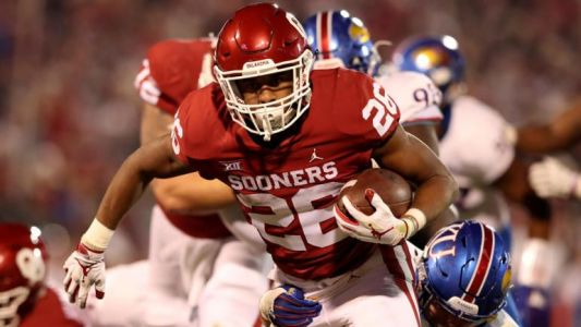 College football scores, schedule, games today: Oklahoma, Texas pick up key Big 12 wins