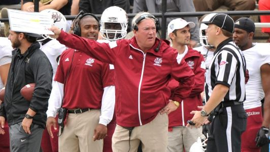 Pitt names ex-UMass head coach Mark Whipple as new offensive coordinator