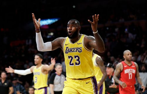 LeBron rallies Lakers to 111-106 victory over Rockets