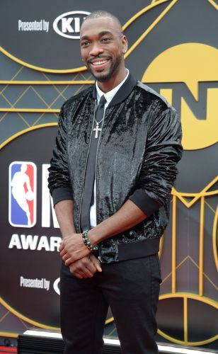 Perfect Shaquille O'Neal impersonation by Jay Pharoah at NBA Awards show had fans in tears