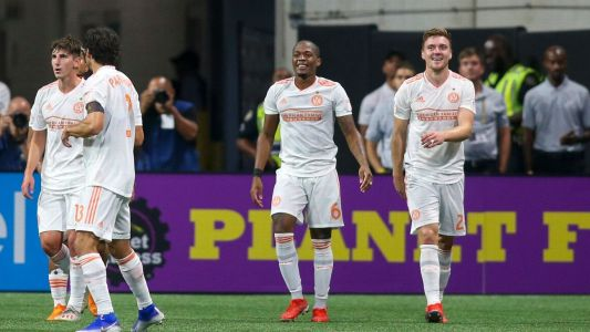 Atlanta United blow out 10-man Dynamo
