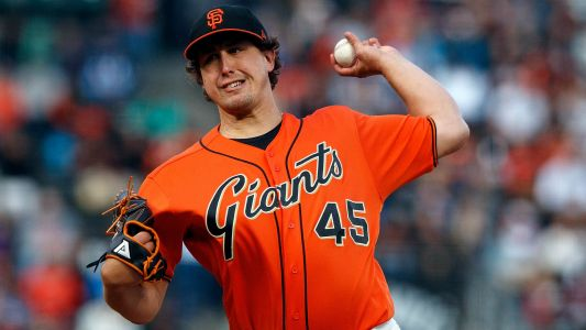 MLB hot stove: Lefty Derek Holland re-signing with Giants