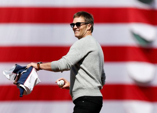 Tom Brady, who hates the Dodgers, says the Red Sox will win World Series