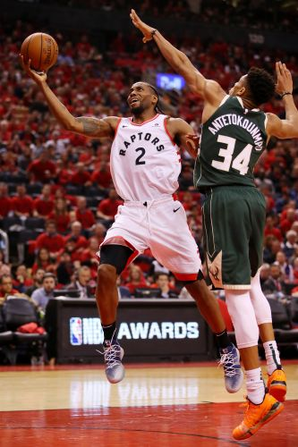 Toronto Raptors get double-overtime Game 3 NBA playoff win over Milwaukee Bucks