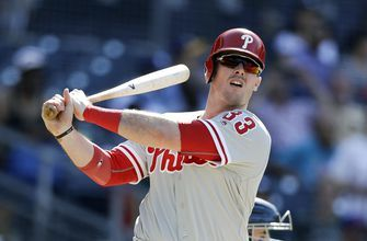 Free agent Justin Bour, Angels finalize $2.5M deal