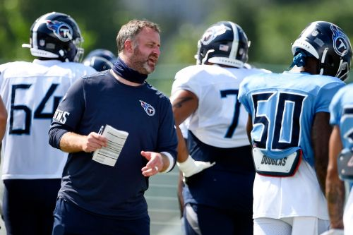 Opinion: Tennessee Titans' COVID-19 outbreak doesn't need to spell doom for NFL