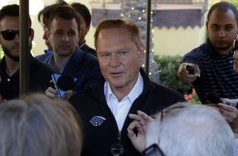 Boras bashes lack of competition, senses faster-paced market