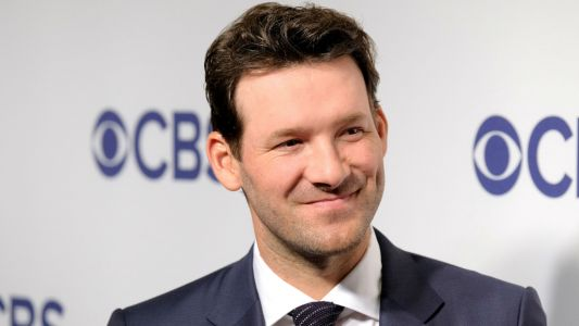 Tony Romo's reported record salary with CBS rivals what top NFL QBs are getting