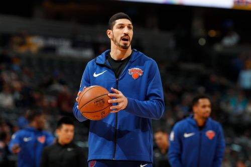 Knicks' Enes Kanter receives support from crowd, but frustration over reduced role lingers