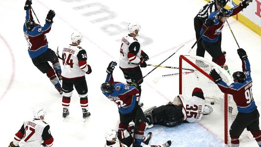 Avalanche break open Game 1 vs. Coyotes with three goals in 83 seconds
