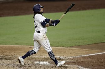 Behind home runs by Myers & Galvis, Padres beat Giants 8-4