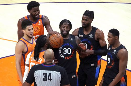 Knicks smacked by Suns in testy affair as playoff race tightens