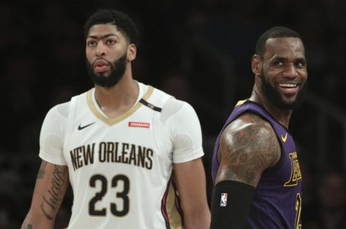 Anthony Davis bound for Lakers in blockbuster trade with Pelicans