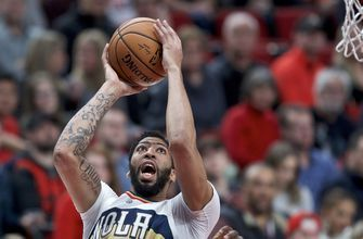 Pelicans' Davis out up to 2 weeks with sprained index finger