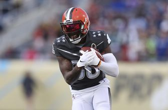 Browns' star receiver Landry activated from injury list