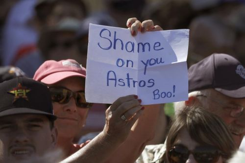 Shame game: baseball fan, 116,000 followers ready to heckle Astros all season