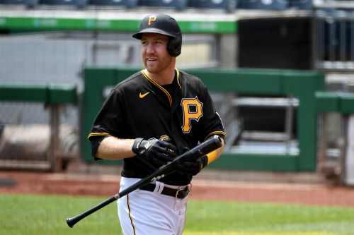 Todd Frazier cut by Pirates with MLB future in doubt