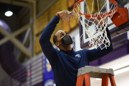How Coaches DeLano Thomas and Lindal Yarbrough Built a Championship Program at Shawnee State