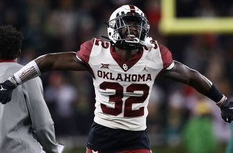 No. 10 Oklahoma pulls off biggest comeback in program history, stays alive in playoff hunt