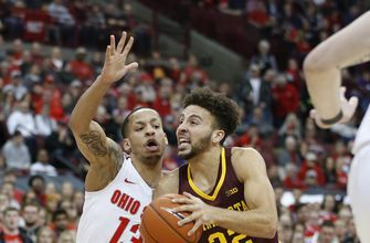 Carr's late 3-pointer powers Minnesota past Ohio State 62-59