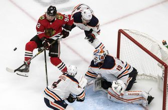 Blackhawks advance after eliminating Oilers 3-1 in best-of-5