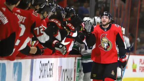 Bobby Ryan receives standing ovation after hat trick leads Senators to win