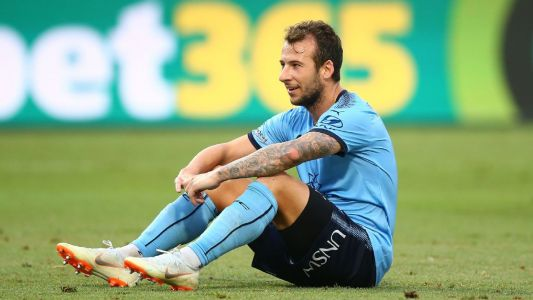 Injuries mount at Sydney FC ahead of crucial week for defending premiers